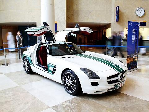 Dubai Politie - Mercedes-Benz SLS AMG