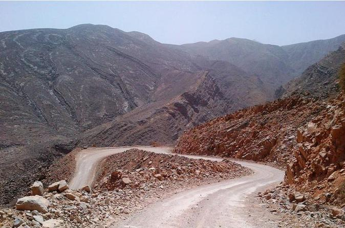 4WD Mountain Safari in Sultanat of Oman from Dubai