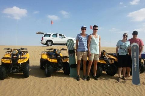 Dubai: quadrijden door de duinen, kamelen en zandboarden