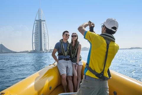 60, 74 of 99 minuten Dubai Marina met speedboot