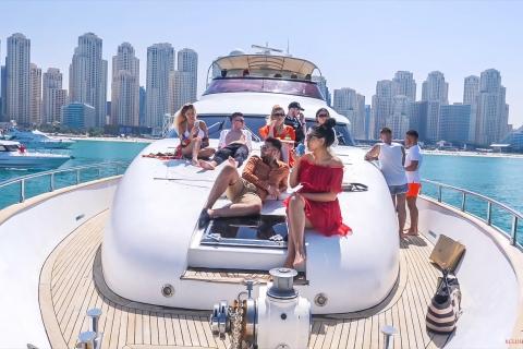 Dubai Marina: ervaring op een jacht met ontbijt of BBQ
