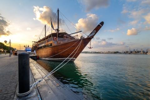 Dubai: boottocht met diner op een dhow over de Dubai Creek
