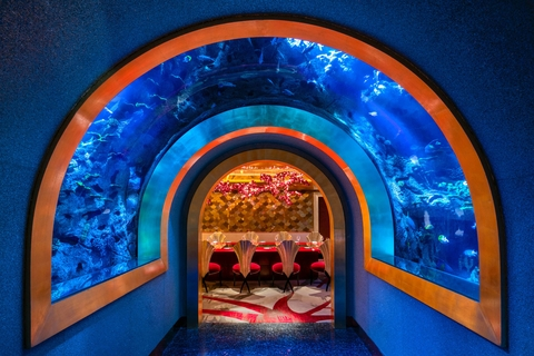 Burj Al Arab: Al Mahara Lunch in Aquarium Restaurant