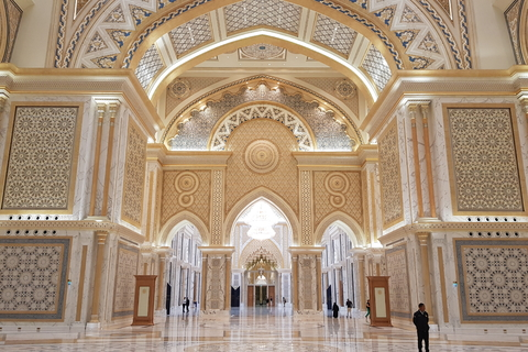 Van Dubai: privé Abu Dhabi-dagtour met Qasr al Watan