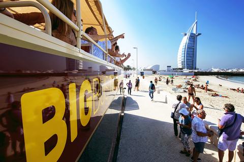 Abu Dhabi, Dubai & Masqat: 3 hop on, hop off-stadstours