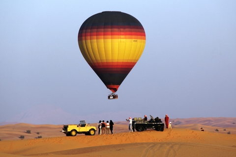 Dubai: Hot Air Balloon Ride, Ontbijt & Desert Safari