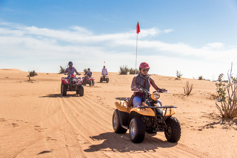 Dubai: quadsafari met barbecuediner & liveshows