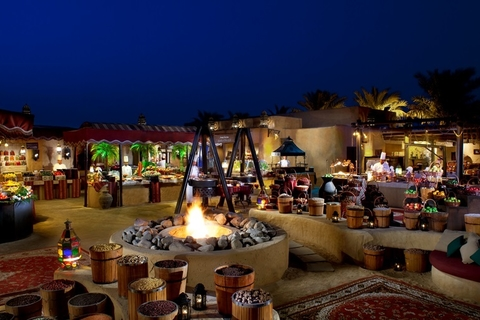 Al Hadheerah, Dubai: authentiek Arabisch diner