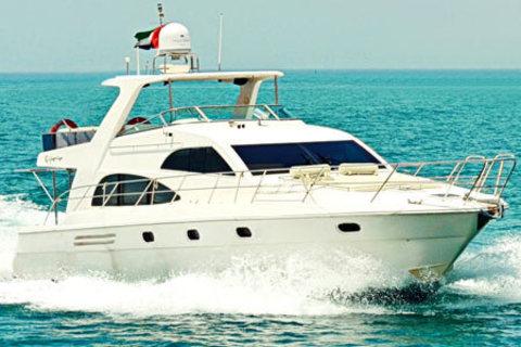 Dubai Yacht Cruise 55 voet (2 uur)