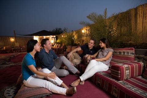 Duinen bij Dubai: dinersafari bij zonsondergang