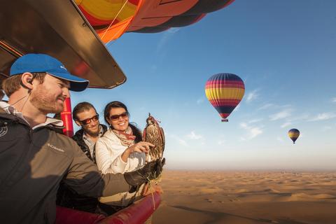 Dubai Ballonvaart Zonsopgang met ontbijt en valkenjacht