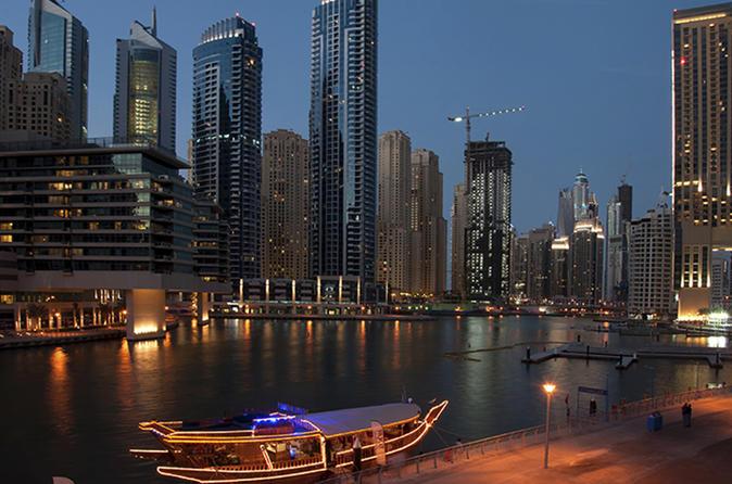 Avondcruise met een dhow vanuit Dubai Marina