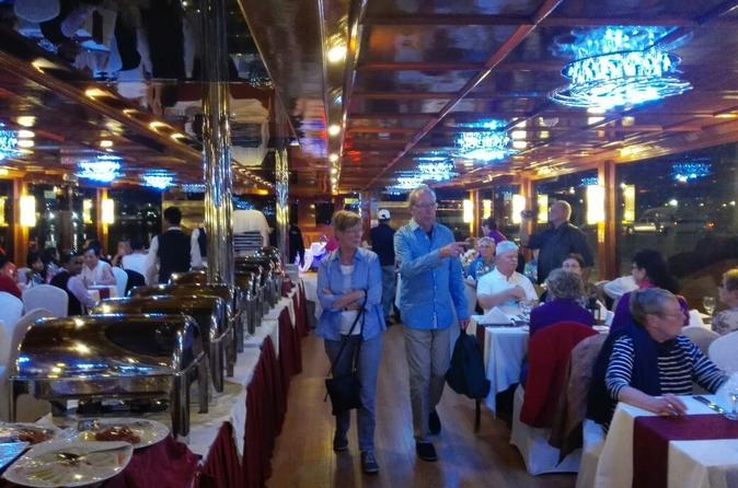 Dhow Cruise Dinner in Dubai Creek