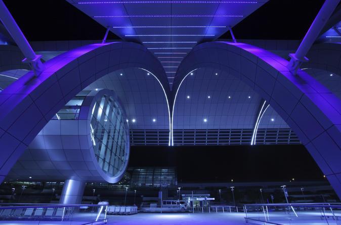 Privétransfer Dubai: Dubai International Airport naar cruisehaven