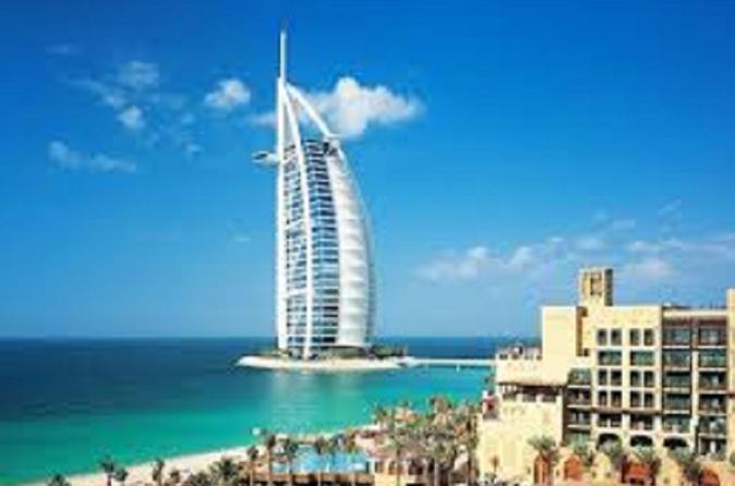 Stadstour door Dubai en woestijnsafari met barbecue