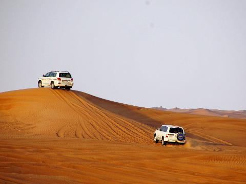 4x4 rijden door de woestijn